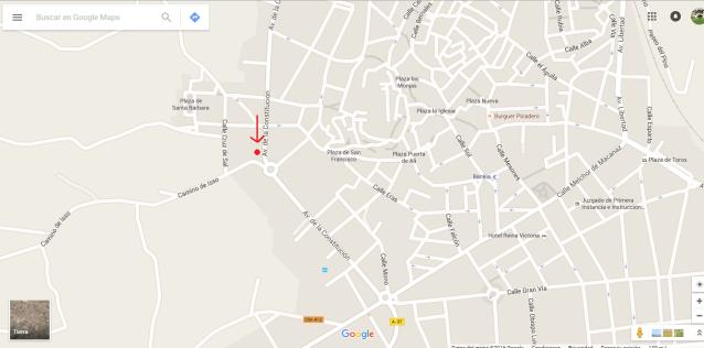 El local está en Av. de la Constitución, 35, Hellin, Albacete.